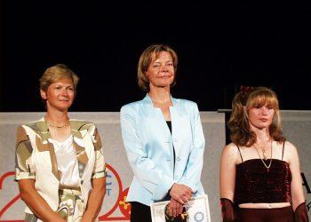 Catherine Maunoury, championne du monde de voltige aérienne 2000