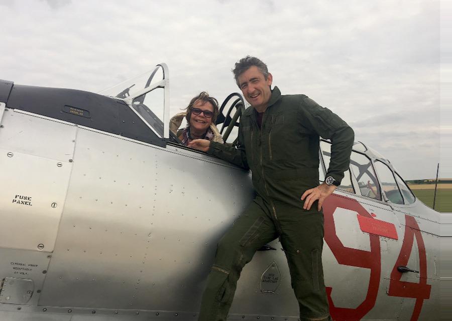 Catherine Maunoury, pilotage du North American T6 Texan, Duxford, Juillet 2017
